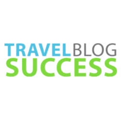 Travel-blogging-success-featured
